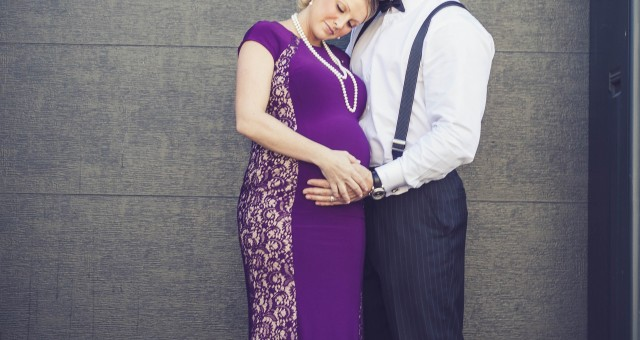 Landon & Kami's Elegant Maternity Shoot